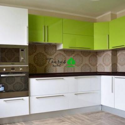 Кухонный гарнитур - пластик